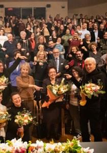 TÜRKİYE TİYATROSU'NUN VE İSTANBUL TİYATRO FESTİVALİ'NİN 80'LERDEN GÜNÜMÜZE YOLCULUĞU